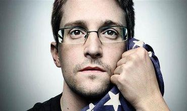 Общество: Эдвард Сноуден предупредил чиновников об опасности использования WhatsApp и Telegram