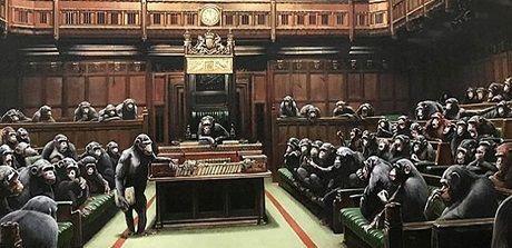 Общество: Sotheby's выставит на торги скандальную картину Бэнкси «Выродившийся парламент»