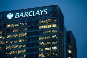 Общество: Barclays прогнозирует ослабление фунта против евро и доллара