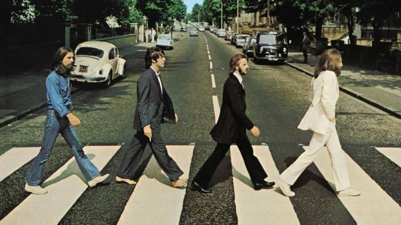 Общество: Альбом Abbey Road возглавил британские чарты через полвека после релиза
