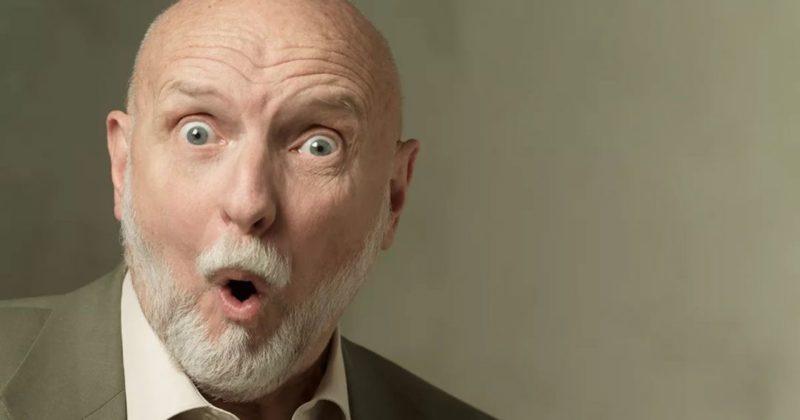 Общество: Пенсионеру за завтраком попалось печенье с зубом, однако он не растерялся