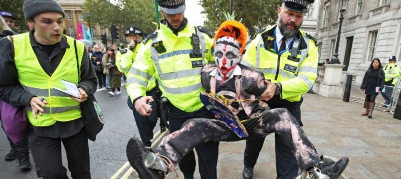 Общество: 840 активистов движения Extinction Rebellion арестованы в Лондоне - Cursorinfo: главные новости Израиля