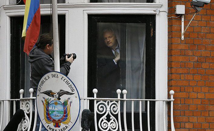 Общество: El País (Испания): Визиты россиян и американцев — приоритетная цель испанской компании, которая следила за Ассанжем и передавала данные США