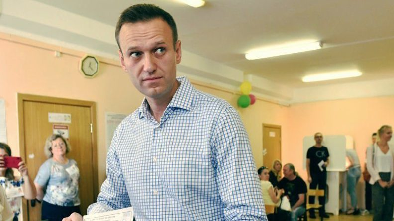 Общество: «ФБК» был включен в список иноагентов из-за обширного перечня махинаций Навального