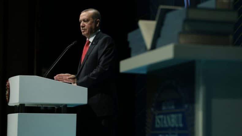 Общество: Эрдоган пригрозил наводнить Евросоюз миллионами сирийских беженцев