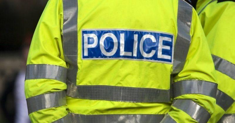 Общество: В Манчестере эвакуировали ТЦ после нападения мужчины с ножом на людей