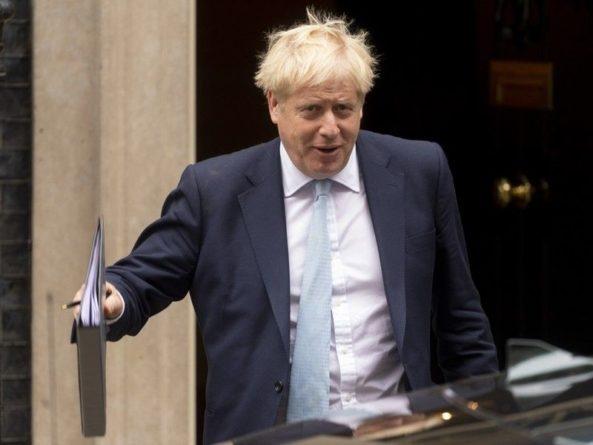 Общество: Джонсон попросит парламент поддержать любую сделку по Brexit