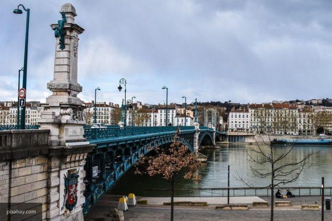 Общество: Пьяный житель Британии решил немного прогуляться, но в итоге дошел до Франции.