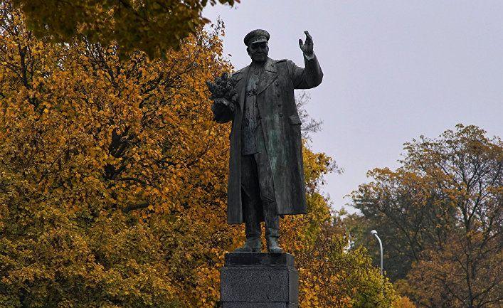 Общество: Haló novinу (Чехия): «Мы хотим сделать памятник Коневу культурным памятником»