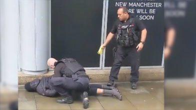 Общество: Напавшего с ножом в Манчестере подозревают в совершении теракта