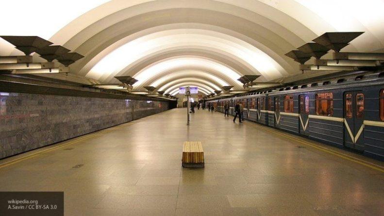 Общество: Историк рассказал о самых красивых станциях метро Петербурга