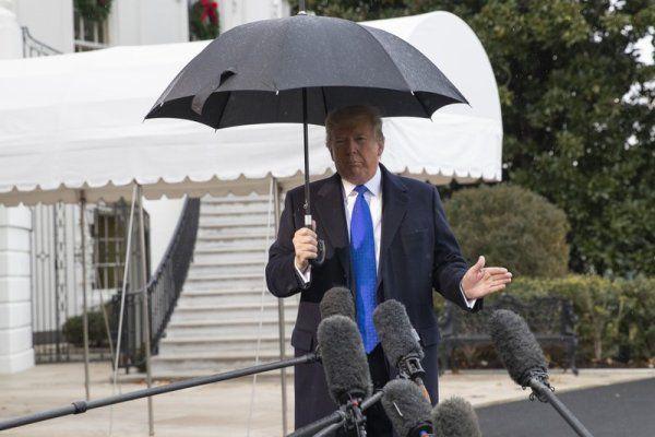 Общество: Комитет нижней палаты Конгресса США утвердил обвинения поимпичменту Трампа