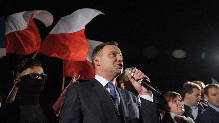 Общество: Польша не рассматривает Россию в качестве личного неприятеля
