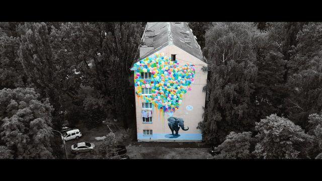 Общество: Киевские муралы засветились в клипе всемирно известной фолк-группы (ВИДЕО)