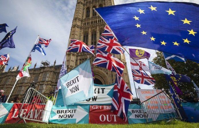 Общество: Законопроект о Brexit получил одобрение в британском парламенте