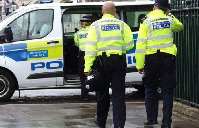 Общество: Полиция Британия «шокирована» числом своих сотрудников с проблемам психики