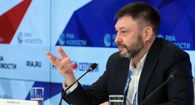 Общество: Кирилл Вышинский запустил акцию вподдержку «Sputnik Эстония»