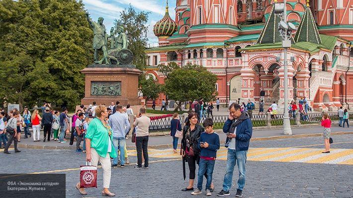 Общество: В комитете по туризму Москвы сообщили, что в новогодние праздники отели заселены на 95%
