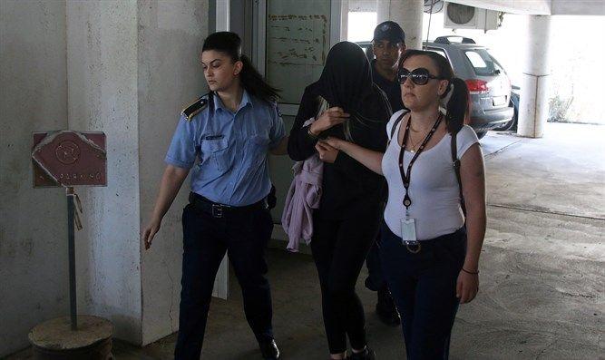 Общество: Кипрский суд признал британку виновной в ложном доносе