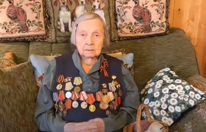 Общество: Ветеран ВОВ из России собрала почти миллион рублей на поддержку врачей