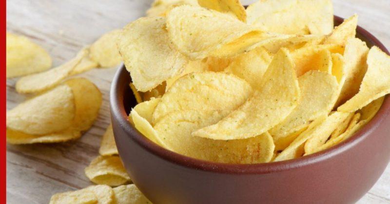 Общество: Британка десять лет ела одни чипсы из-за необычной болезни