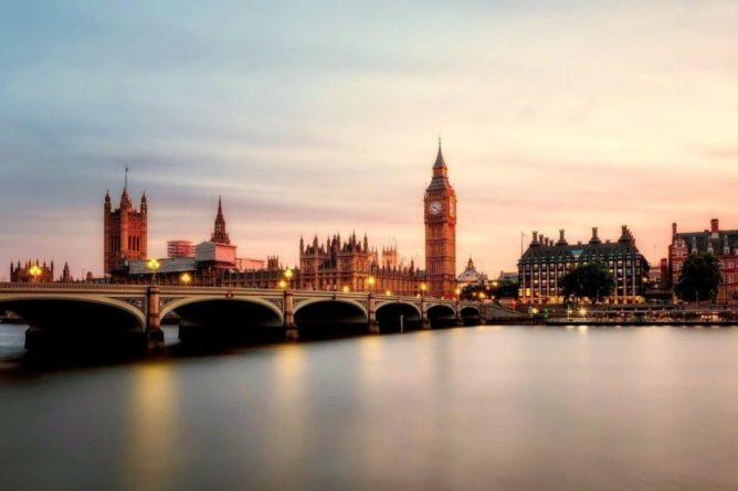 Общество: Посол России заявил, что политика Лондона после Brexit становится проамериканской