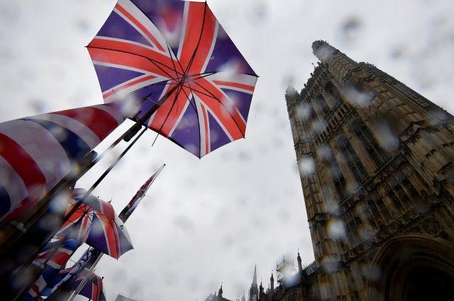 Общество: Экономика Британии впервые за последние 11 лет погрузилась в рецессию