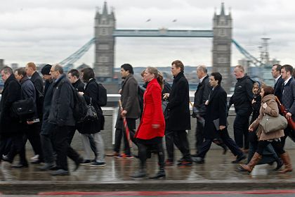 Общество: Экономика Великобритании пережила исторический обвал