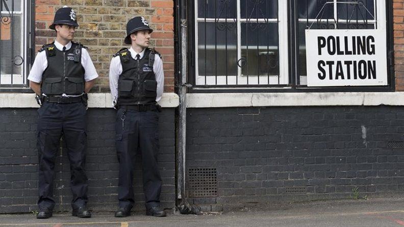 Общество: В Лондоне у посольства Белоруссии прошла акция протеста