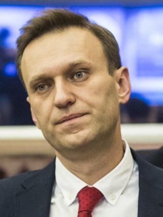 Общество: Политтехнолог считает, что Навального мог отравить агент разведки Великобритании
