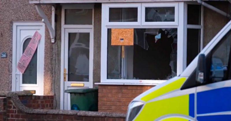Общество: Обнаженный окровавленный мужчина сбежал из борделя в Англии