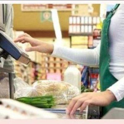 Общество: Супермаркеты в Великобритании начали вводить ограничения на покупку ряда товаров