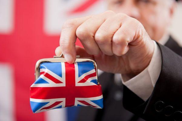 Общество: ВВП Великобритании показал рекордное сокращение