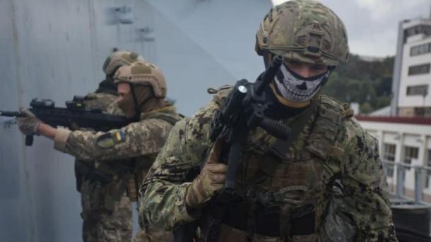 Общество: Украинские УСН провели тренировку на эсминце Великобритании