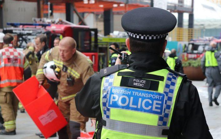 Общество: Часть Лондона эвакуировали в связи с сигналом тревоги связанной с безопасностью