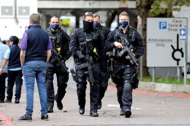 Общество: В Британии сообщили об отмене тревоги, вызванной инцидентом в больнице