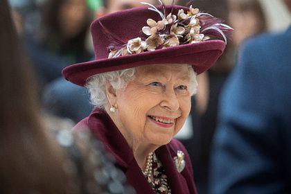 Общество: Елизавета II помиловала остановившего бивнем нарвала теракт в Лондоне убийцу