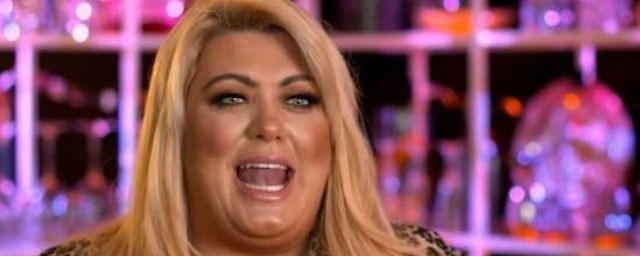 Общество: Звезда из Британии пожаловалась на свою 12-килограммовую грудь
