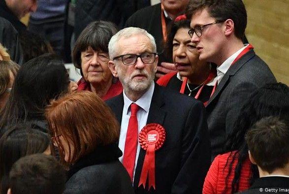 Общество: Великобритания: экс-лидер лейбористов Корбин исключен из партии на время расследования
