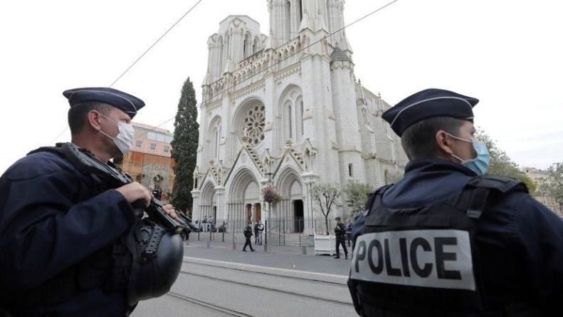 Общество: Британия предложила Франции помощь в расследовании нападения в Ницце