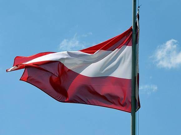 Общество: Меркель, Джонсон, Зеленский и другие лидеры жестко осудили теракт в Вене