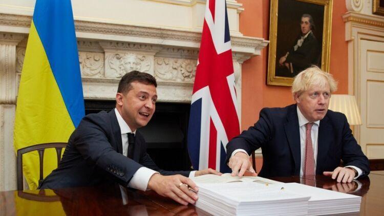 Общество: Леонков объяснил, на какую хитрость пошли британцы с украинскими базами