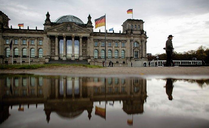 Общество: Лондон решил указать Германии правильный путь