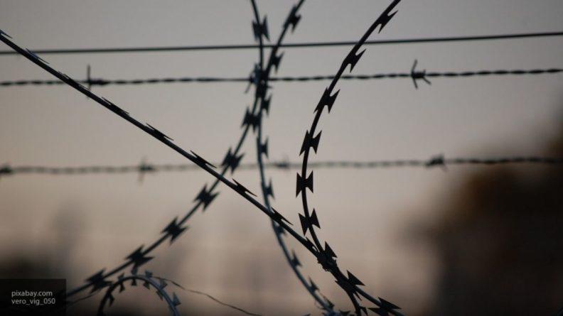 Общество: Родившая от заключенного надзирательница предстанет перед судом в Англии