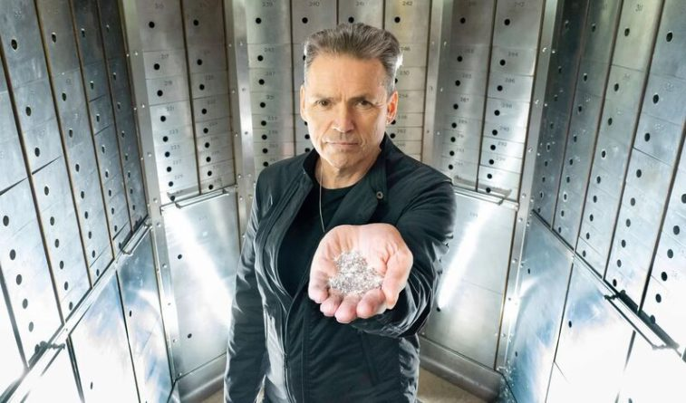 Общество: Небесные алмазы: в Англии начинают выращивать драгоценности буквально «из воздуха»