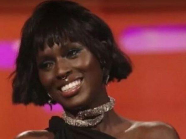 Общество: Чернокожая актриса сыграет королеву Англии