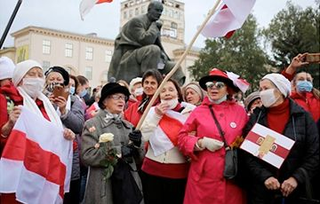 Общество: Газеты Великобритании: Сегодня белорусами восхищается весь мир!