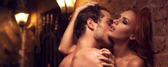 Общество: Обнаженная пара в Англии занялась сексом в пабе на глазах у прохожих