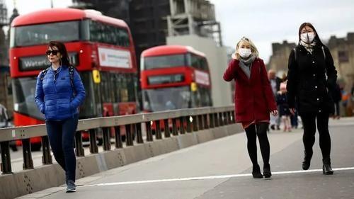 Общество: Ситуация с коронавирусом в Британии ухудшается