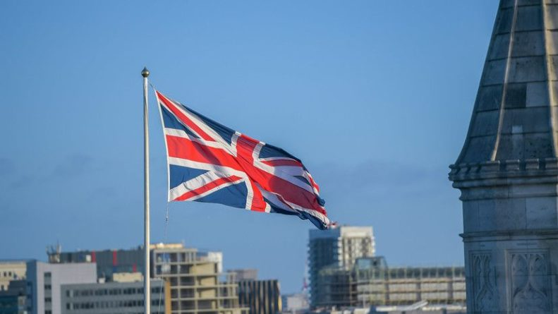 Общество: МИД Британии отреагировал на высылку двух дипломатов из Белоруссии